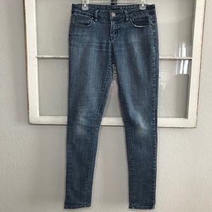 THE LIMITED 917 Stretch Jeans Size 6